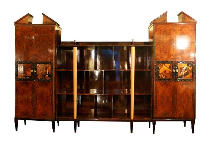 A three-bodied cabinet/bookcase